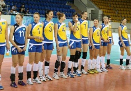 У женской сборной Казахстана по волейболу сплошные неудачи с составом