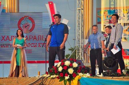 Борец Ыстыбаев из Жамбылской области стал победителем «Казахстан Барысы 2015»